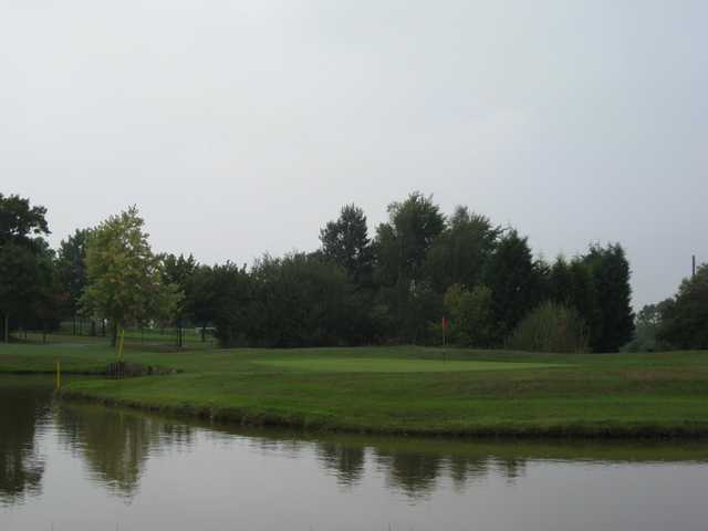 View over the pond of he 16th green at Oakridge Golf Club