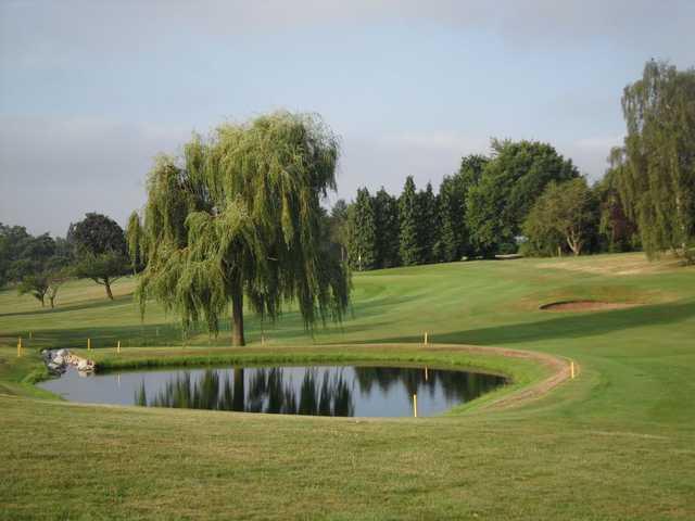 Approach to the 17th at Welwyn Garden City Golf Club