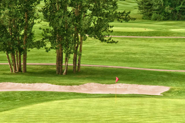 A view of a green at Loyal Oak Golf Course
