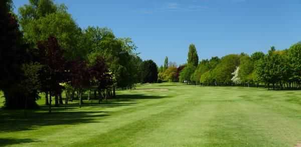 Wide fairway on the 9th at Shrewsbury Golf Club