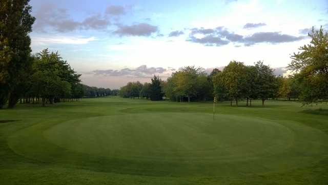 Shrewsbury Golf Club: 9th green in top condition