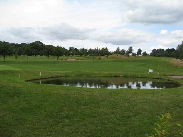 Water hazard on #10 at Bewdley Pines GC