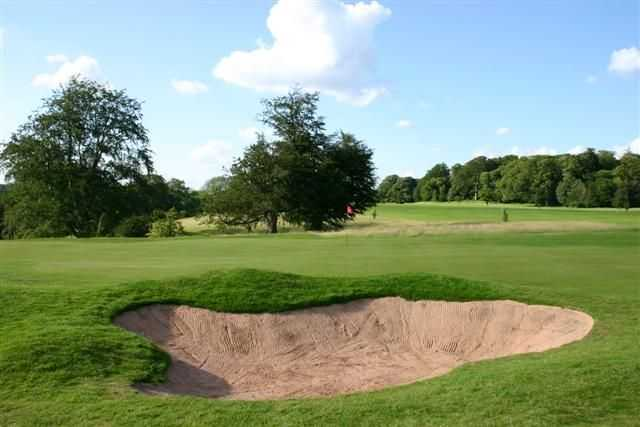Large bunker protecting the green at Stoke Rochford Golf Club