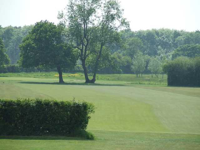 Touch tee shots at Silverstone Golf Club