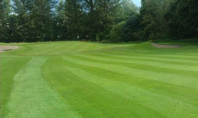 Approach to a green at Liberton GC