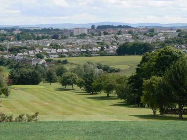 The 4th tee shot at Craigmillar Park Golf Club
