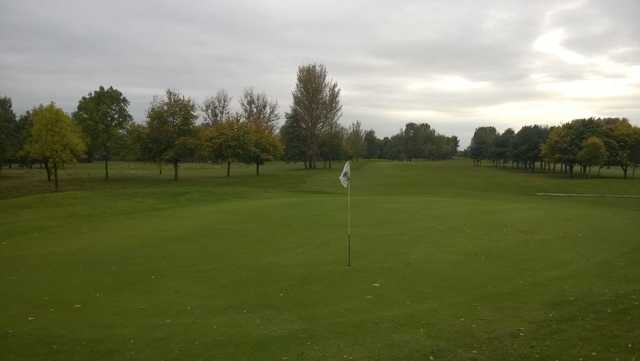 A look back up the 9th at Malkins Bank