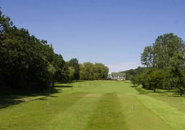 Looking down the 18th fairway to the clubhouse at Helsby Golf Club