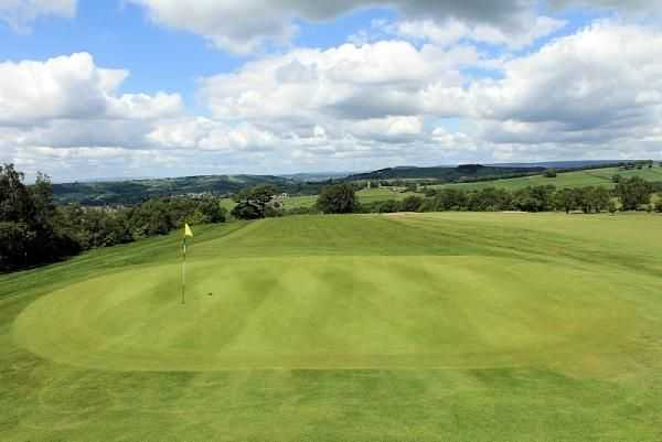 The 9th green, Tor Top is the highest green in Cheshire