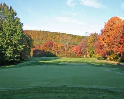 A view of the hole #13 at Bowling Green Golf Club