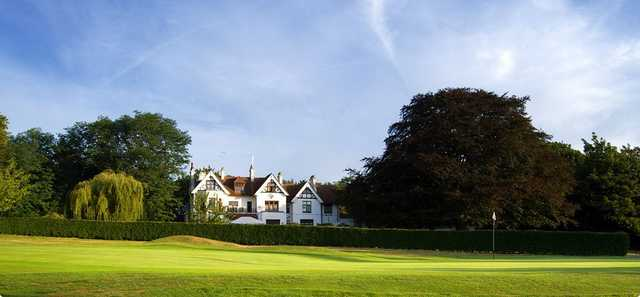 The clubhouse that overlooks the 18th at Shooters Hill