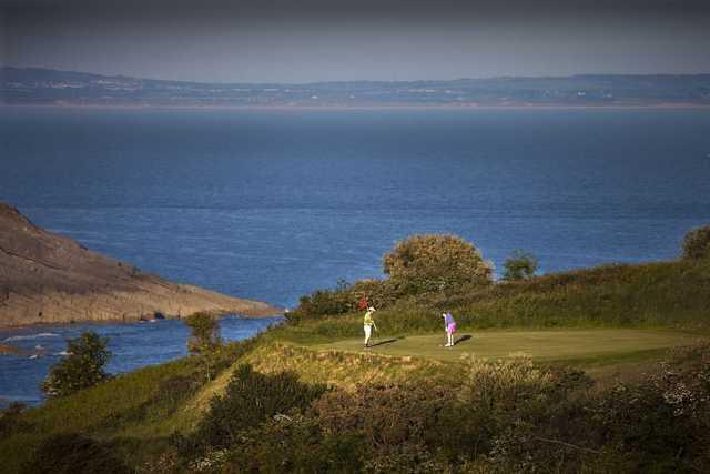 Sea views accompany you along your round