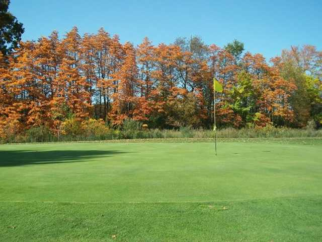 Autumn view of a green at Deme Acres Golf Course