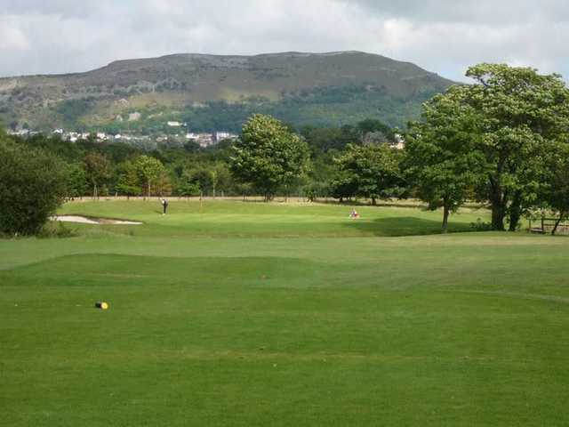 A picturesque shot of the 17th hole at the Rhuddlan Golf Club