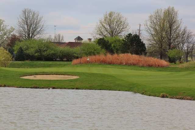 View of the 14th hole at Glenross Golf Course