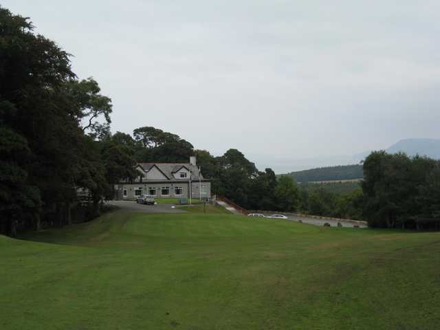 The beautiful clubhouse and 18th green at Bangor St Deiniol Golf Course