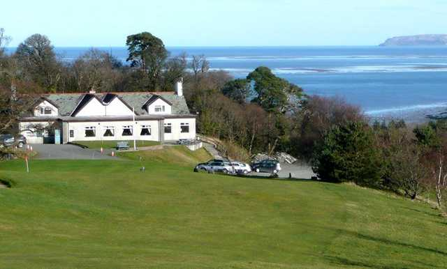 The clubhouse at St Deiniol Golf Course