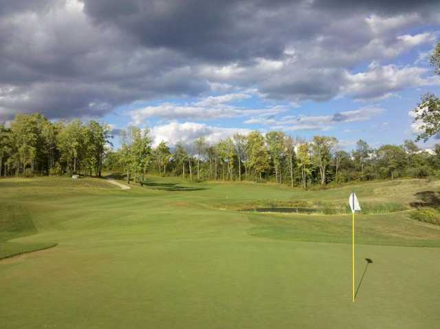 A view of hole #3 at Blue Heron Golf Club - Highlands Course