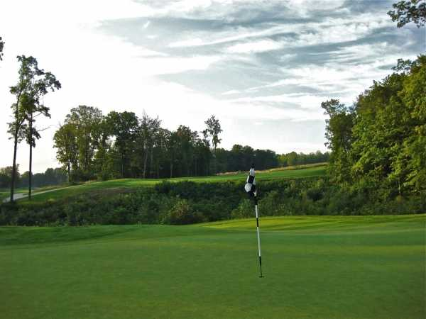 A view of the 5th green at Blue Heron Golf Club - Highlands Course