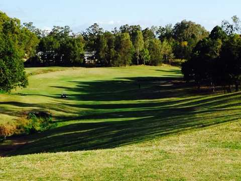 A view of fairway #9 at Brisbane River Golf Course