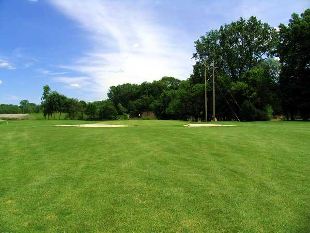 River Cliff GC: View from 4th green