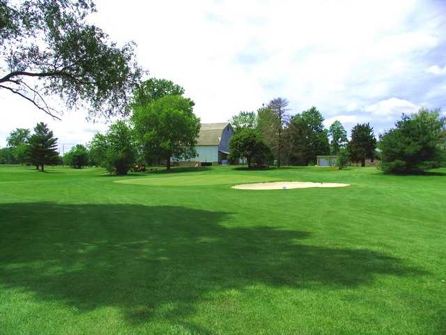 River Cliff GC: View from 5th green
