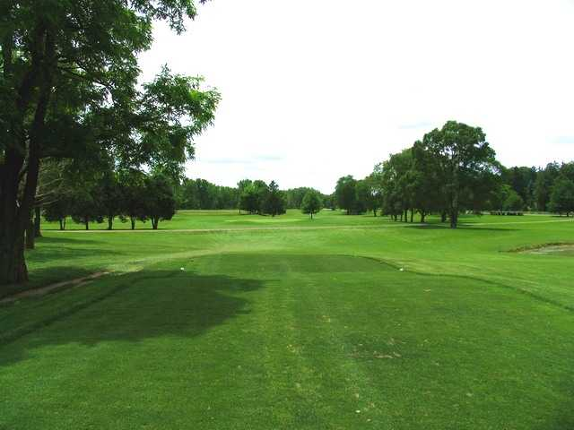 River Cliff GC: View from 5th tee
