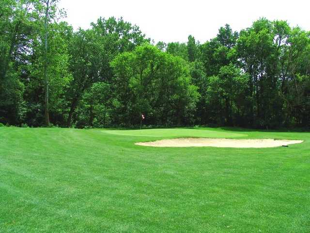 River Cliff GC: View from 8th green