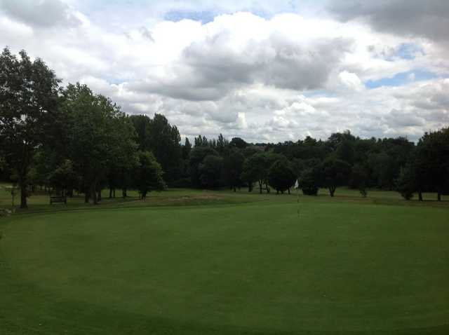 The tricky 9th green at Cocks Moors Woods Golf Club