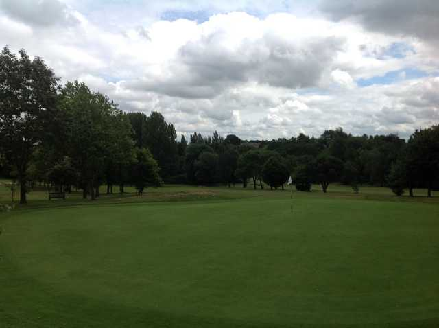 A view of the 9th green at  Cocks Moors Woods Golf Club