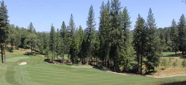 View from no. 3 at Apple Mountain Golf Resort