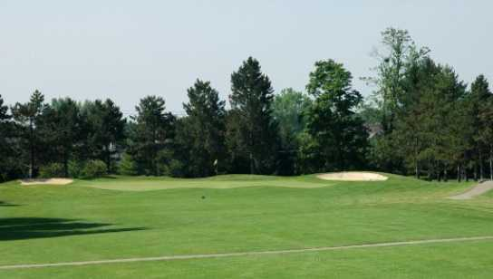 A view of the 18th green from 250 yards at Shamrock Golf Club