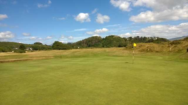 Scenic view of the 17th green at Porthmadog Golf Club