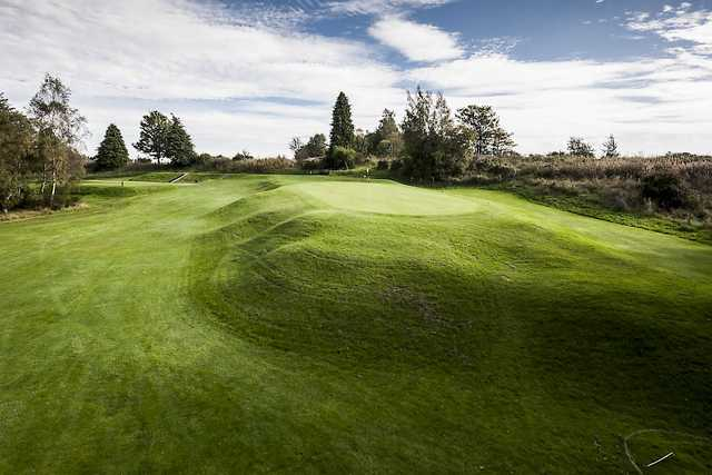 The raised 5th green at Alyth Golf Club