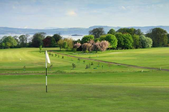 The breathtaking views from the golf course at Silverknowes