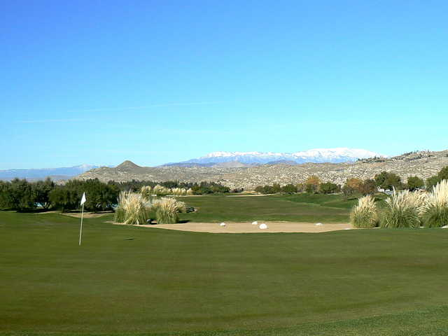 View of a bunkered green at Diamond Valley Golf Club