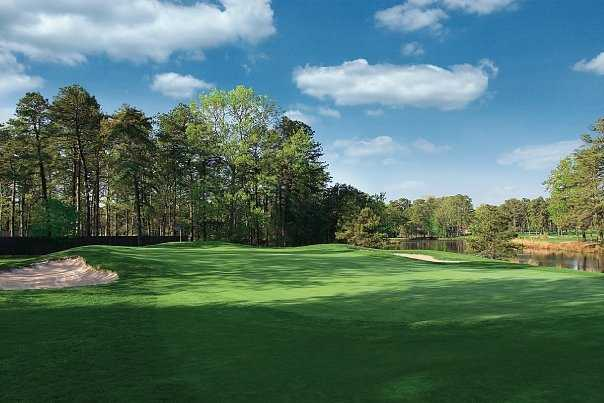 A view of the 8th hole at Mays Landing Golf Club