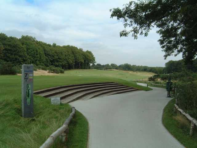 7th tee at Kings Hill