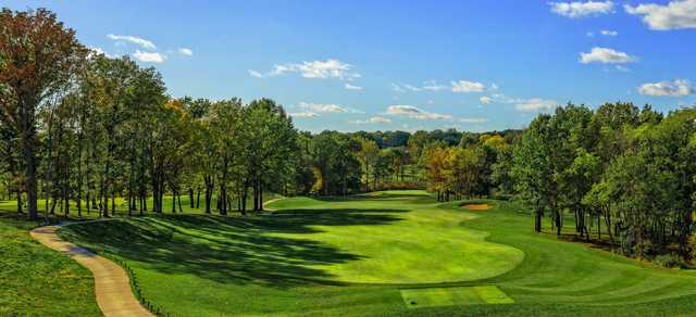 View of a green and fairway at Columbia Golf & Country Club