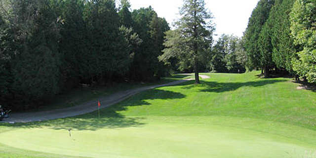 View of a green at Newcastle Golf Course