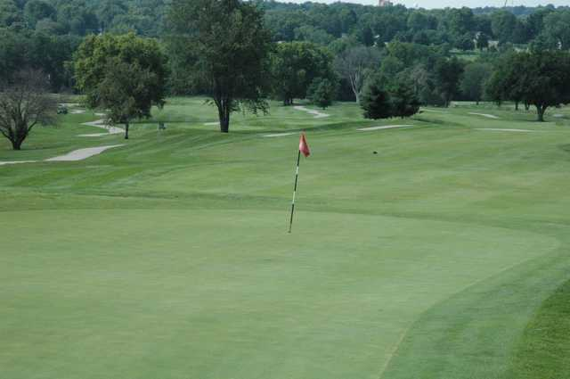 View of a green at Royal Meadows Golf Course