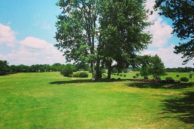 A view of fairway #8 at White Lick Golf Course (Andrew Campbell)