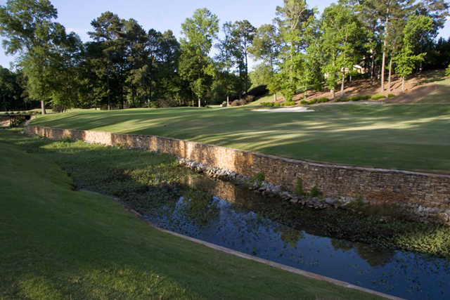 View of the finishing hole at Harbor Club on Lake Oconee