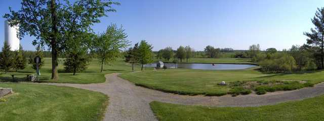 Sandusk GC: View of the third green and Jacobs Pond