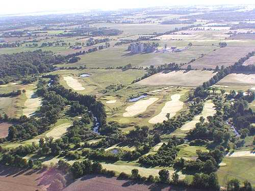 Aerial view of Oliver's Nest Golf and Country Club
