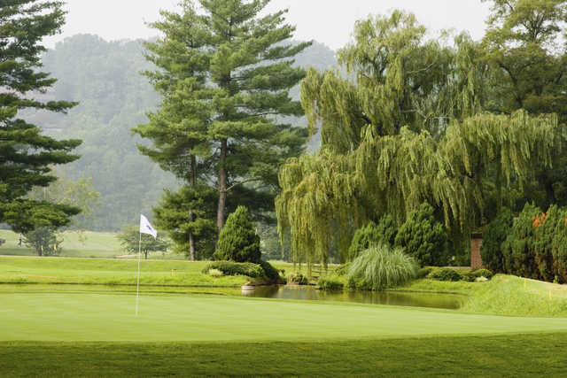 View of a green at Cross Creek Country Club
