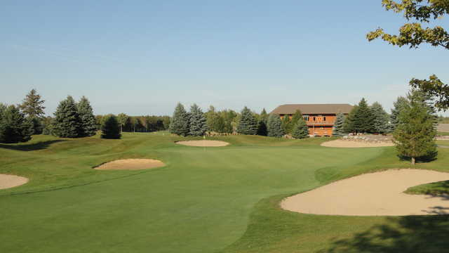 View of the finishing hole at Solitude Links Golf Course & Banquet Center