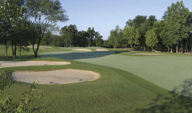 View of a bunkered green at Glendarin Hills Golf Club