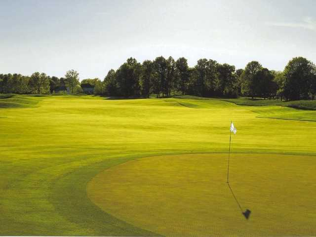 A view of hole #2 at Jefferson Golf & Country Club