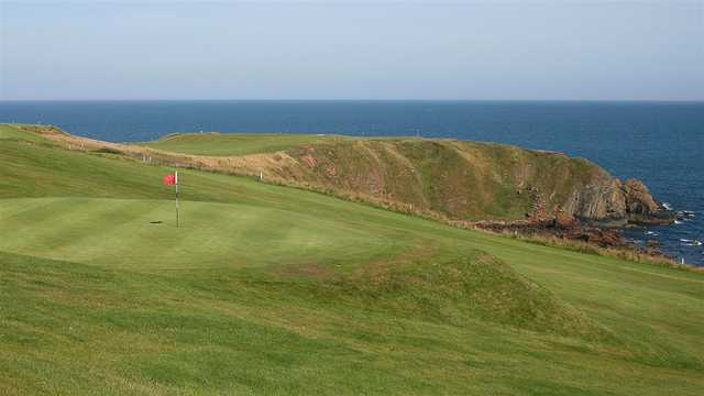 A view of a green at Stonehaven Golf Club